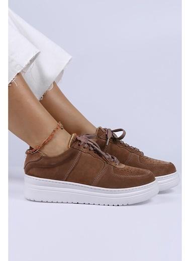 Female Project Sneakers Vizon